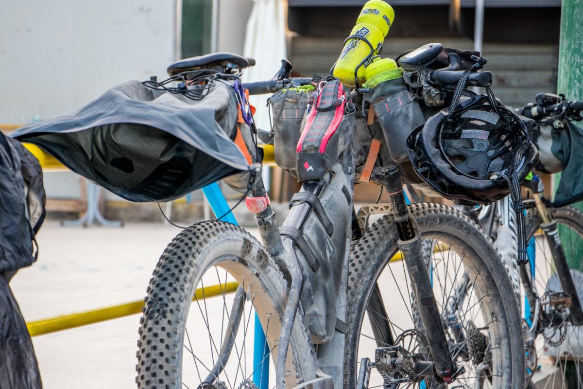 guida al bikepacking borse