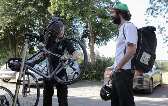 Tomy-Mulledy-Garcia-and-Bjorn-Lenhard-about-the-transatlantic-way-european-bike-race-666x422