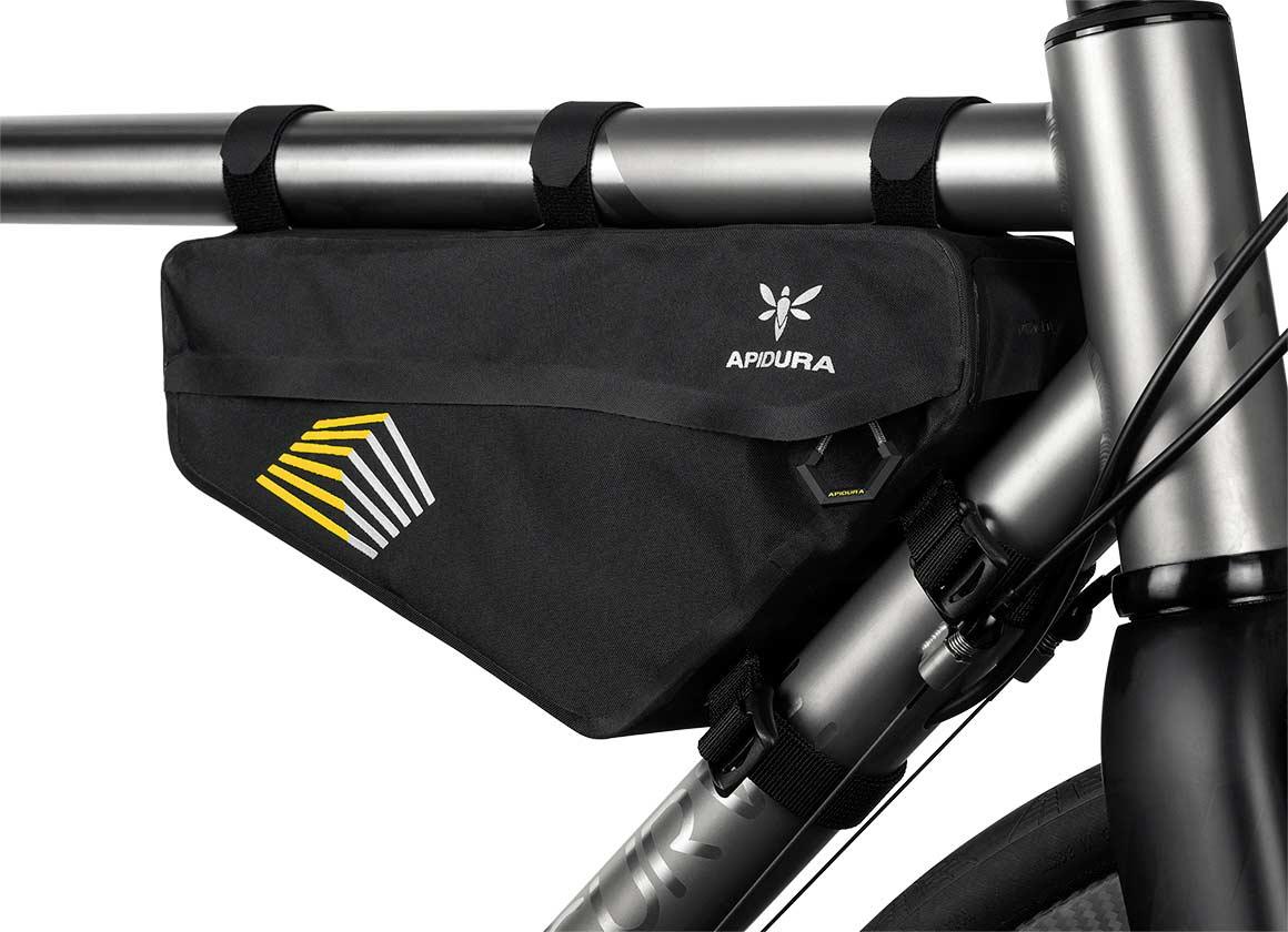 Racing Series   Le nuove borse da bikepacking Apidura   Bikepacking.it