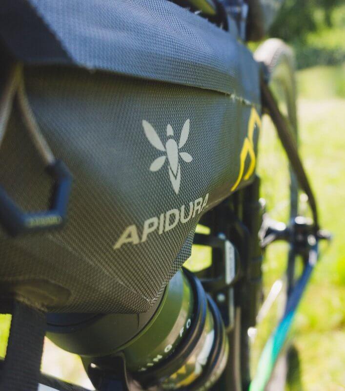 Borsa da bikepacking Apidura Expedition series frame pack